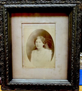 Winifred Noble, ca.1900-1912. Kew Historical Society collection